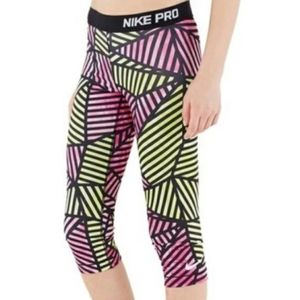 NIKE PRO cropped abstract leggings